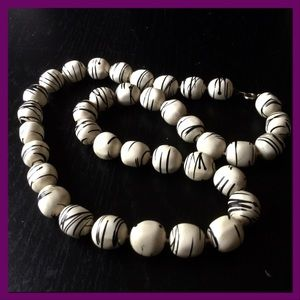 3/$5 Wood Bead Necklace